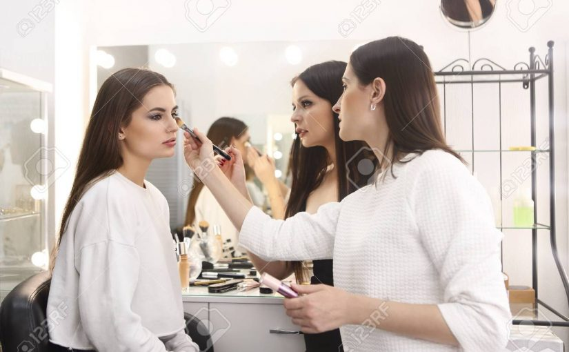دوره های آرایشگری زنانه