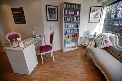آموزشگاه آرایشگری – آموزش اپیلاسیون , پارافین تراپی