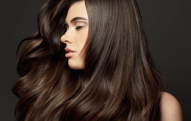 موی صاف و خوش حالت زنانه